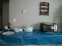 Various Kitchen Dishes Best Offers / Toaster Oven $75
