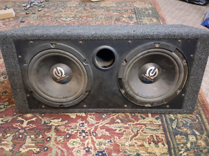 """9"""" Pioneer Subwoofers x2  with Sub Box"""