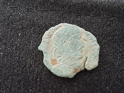 Roman coin of Constantine 1/11? found in England L30w