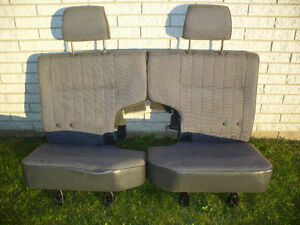 Rear Seats for 1986 Nissan Pathfinder
