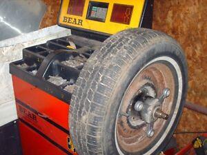 for sale     tire machine  &  balancer Cornwall Ontario image 2