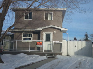 House for Sale in Millwoods