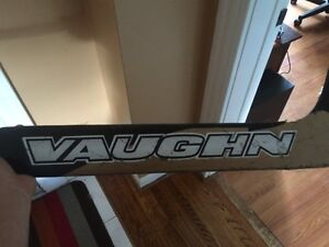 Vaughn gold series goalie stick Sarnia Sarnia Area image 2