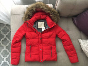 Brand New Abercrombie & Fitch Puffer Jacket with Fur Trim Hoodie