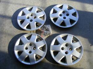"""Honda / Acura EL factory 15"""" wheel covers with lug nuts"""