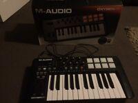 M-Audio midi keyboard controller