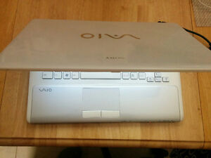VAIO PCG-61411L/ i3 CORE/4GBRAM/320HDD/CAM/HDMI/SD/OFFICE$230