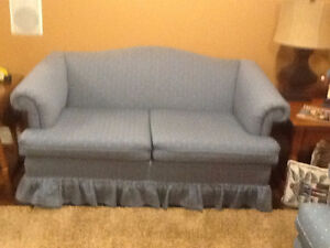 Couch and Loveseat London Ontario image 2