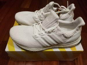 Brand New Adidas Triple White Ultraboost 4.0 Size 10
