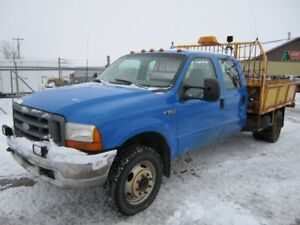 1999 Ford F-550 Camionnette