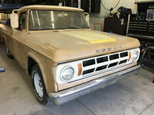 1969 Dodge D100 Sweptline