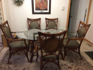 OVAL GLASS TABLE RATTAN DINING ROOM SET