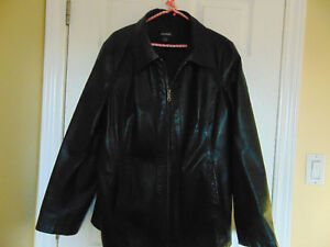 Ladies 2X Danier Leather Coat