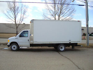 2005 Ford E-Series Cube Van