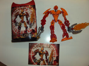 Bionicle: Ackar (includes canister and booklet)