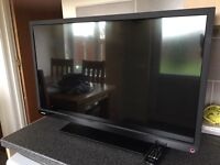 """TOSHIBA 32"""" HD READY TV/DVD COMBO WITH BUILTIN FREEVIEW"""