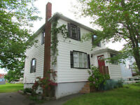 Woodside! R2 Zoned,Large Lot Room to Build Garage,Near Amenities