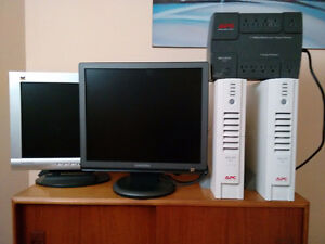 monitor and back-ups