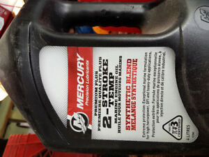 Synthetic oil for two stroke boat or sea doo