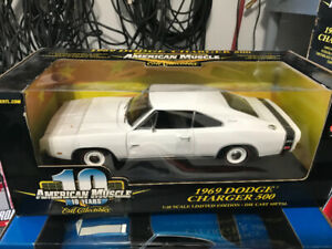 Dodge Charger 500 1969 diecast 1/18 Die cast