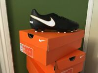 JR TIEMPO RIO III NIKE FOOTBALL BOOTS 12 PAIRS - NEW - BOXED
