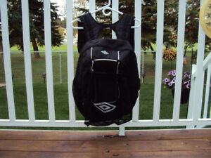 BASKETBALL, SOCCER AND VOLLEYBALL BACK PACK
