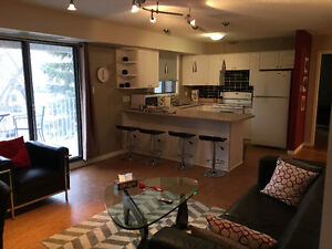 May 28 - June 4 Prime Downtown Location Spacious Furnished Condo