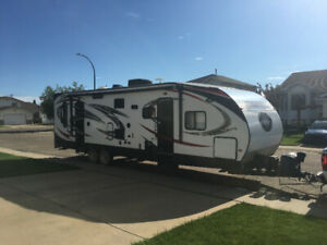2014 Vengeance 300V Toy Hauler.  Price Reduced!