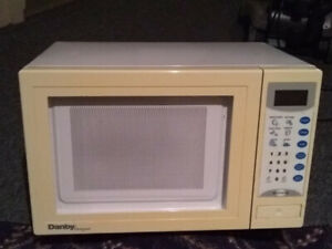 800W Microwave Oven