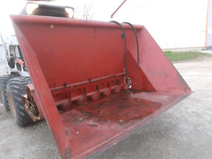 Auger bucket skid steer bobcat