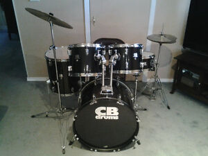 Great Condition 5 CB SP Series Drum Kit