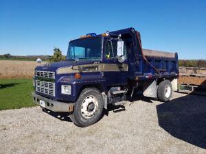 Mack Dump Truck 300 Dump truck