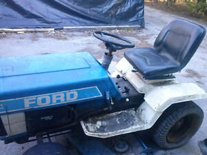 Ford LGT 17H for parts or take the whole thing for $250 Kingston Kingston Area image 6
