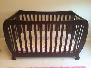 Crib with out mattress
