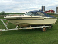 SeaRay Ski Boat with 233 HO Merc Engine (Trailer Included)