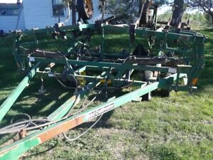 22 FT FIELD CULTIVATOR
