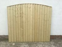 🔨🌟New High Quality Vertical Board Tanalised Bow Top Timber Fence Panels