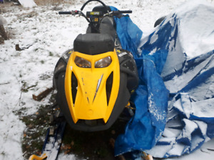 2005 skidoo highmark 1000 trade or 3000obo