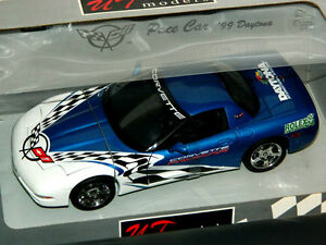 UT 1/18 Scale 1999 Chevrolet Corvette Daytona Pace Car Blue