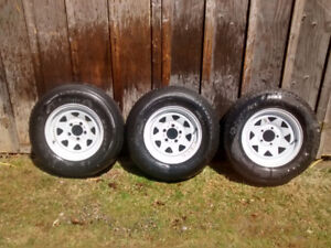 Trailer Wheels 3 White 14 inch Rims with one new tire 205/75/14