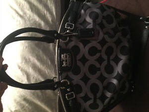 Authentic Coach Purse for Sale Kitchener / Waterloo Kitchener Area image 4