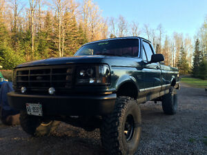 "1995 Ford F-150 4.9 6"" lift and brand new tires!"