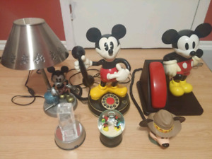 Collection objets Mickey Mouse walt disney telephone lampe