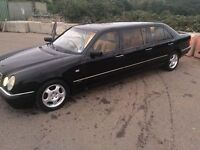 Marcedes E230 limousine car 40K Mailige warranty