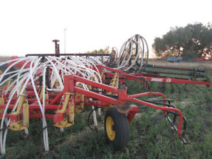 "42Ft Bourgault 5710 Air Drill 7"" Inch Spacing Double Shoot Dry"