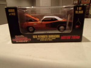 1998 Racing Champions MINT 1970 Plymouth Barracuda 383 1/59 scal