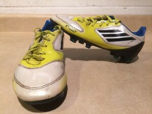 Kids Adidas F10 Outdoor Soccer Shoes Size 3.5 London Ontario image 1