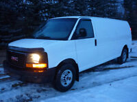 2011 GMC Savana G2500 Cargo Van. LOW KMS!!!