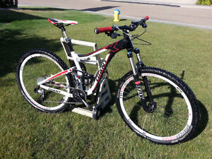 Mint condition Giant Trance x 29er 1
