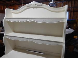 For Sale – Beautiful White desk with detachable shelving unit.